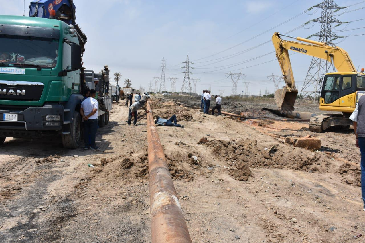 Iraqi Oil: Repairing the crude oil pipeline for Al-Hartha Power Station 21017714_AR_1565972372_Copy