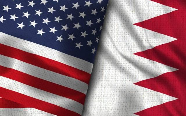 """إنفوجراف خاص لـ""""مباشر"""" (علم مملكة البحرين - وعلم دولة الولايات المتحدة الأمريكية)"""