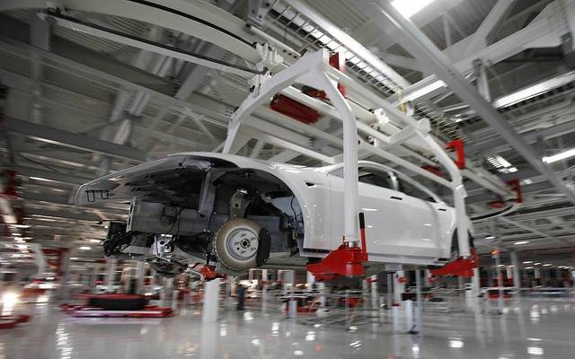 ارتفاع النشاط الاقتصادي بمنطقة اليورو رغم انكماش القطاع الصناعي