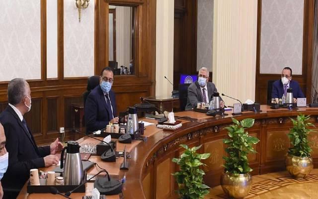 رئيس وزراء مصر يوجه بسرعة إنهاء قوائم انتظار تلقي لقاح فيروس كورونا