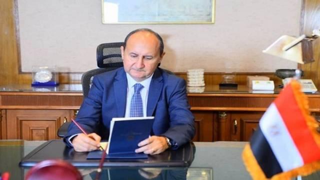 عمرو نصار وزير التجارة والصناعة المصري