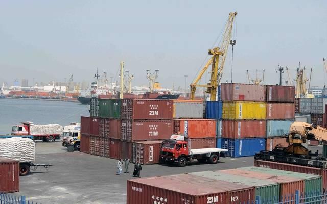 إغلاق ميناءي السويس والزيتيات لسوء الأحوال الجوية