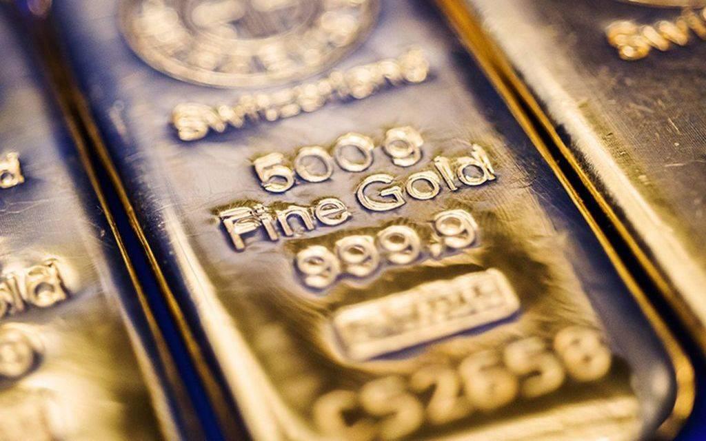 محدث..الذهب يرتفع 9 دولارات ليسجل أول مكاسب أسبوعية في شهر