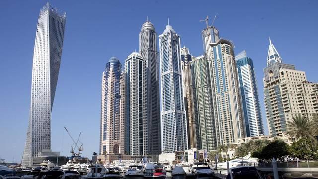 عقارات وناطحات سحاب في إمارة دبي