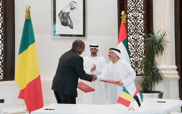 جانب من توقيع الاتفاقيات بين البلدين