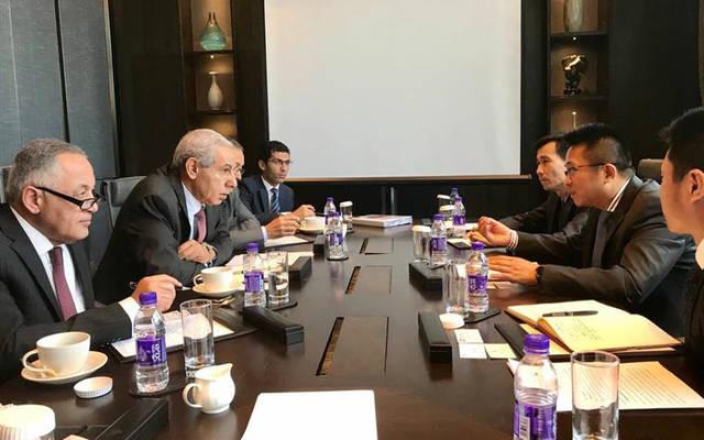 وزير التجارة والصناعة طارق قابيل مع مسؤولي بنك التنمية الصيني