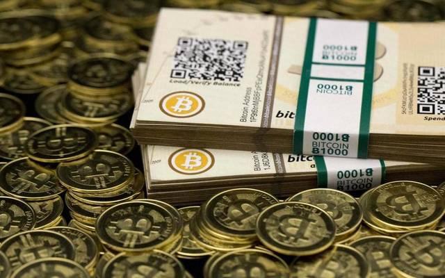 """العملات الإلكترونية تعاود الهبوط.. و""""البيتكوين"""" أدنى 8 آلاف دولار"""