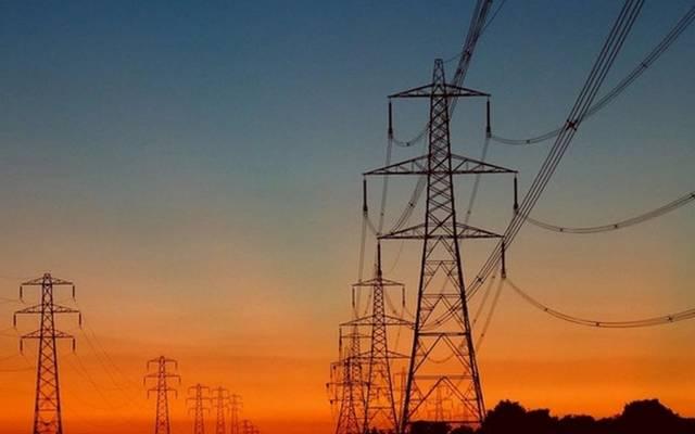 الكويت تمد السعودية بالكهرباء