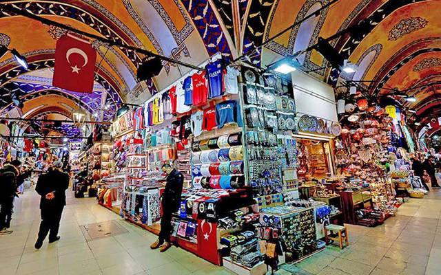 أحد أسواق الملابس في تونس