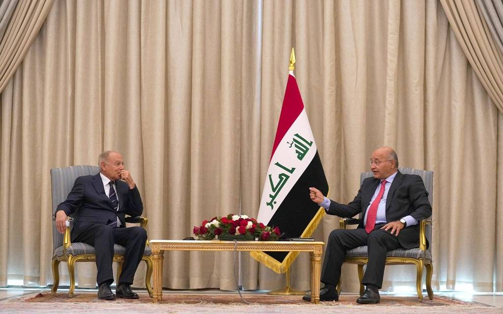 The President of Iraq discusses with the Secretary of the Arab League health challenges and support for economic cooperation 1024