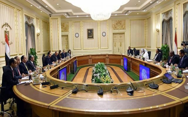 جلسة مُباحثات مُوسعة برئاسة رئيسي وُزراء مصر والسودان