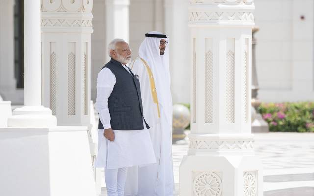 ولي عهد أبوظبي مع رئيس وزراء الهند