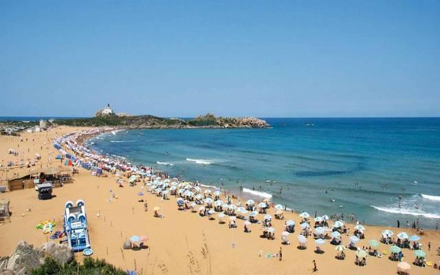 أحد شواطئ الجزائر