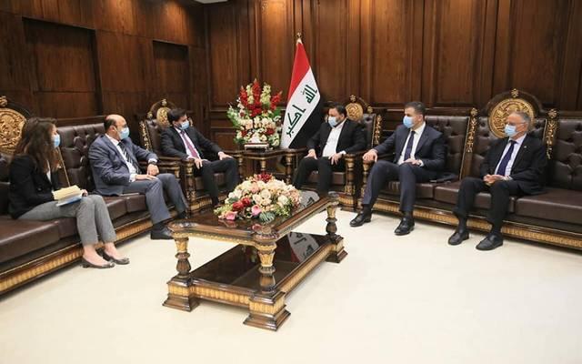 النائب الأول لرئيس مجلس النواب العراقي، حسن كريم الكعبي، خلال استقباله القائم بأعمال السفارة الفرنسية ببغداد