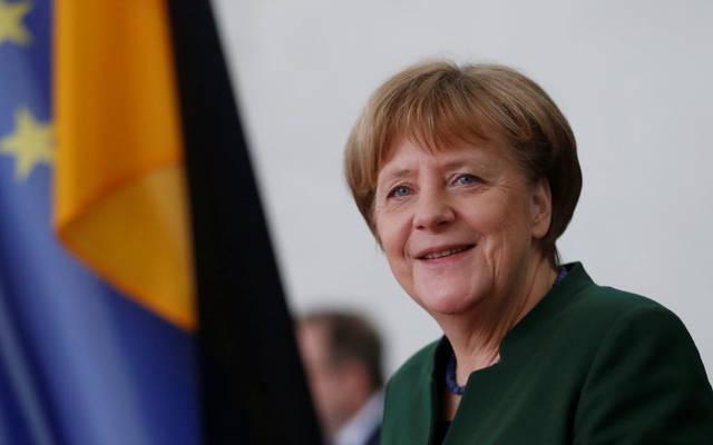 """ميركل: فوز """"ماكرون"""" يسمح بتعاون فرنسا وألمانيا لإنعاش الاتحاد الأوروبي"""