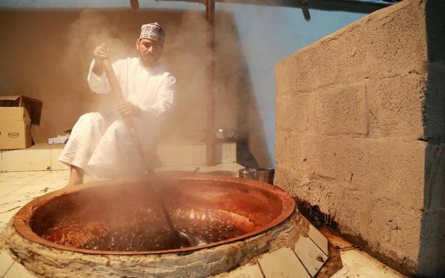 أحد الطهاة العُمانيون