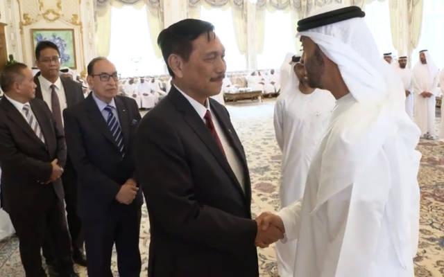 الشيخ محمد بن زايد خلال استقبال الوزير الإندونيسي