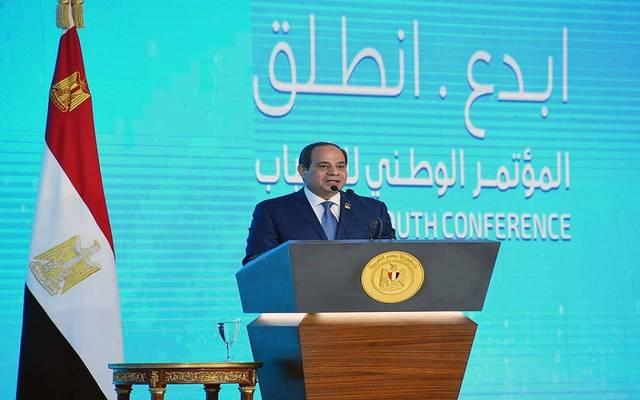 السيسي: مصر بصدد تشغيل 4400 مصنع