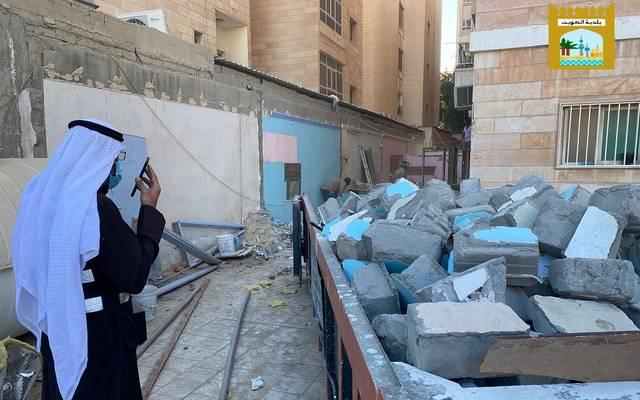 """جانب من أعمال """"البلدية"""" في الكويت"""