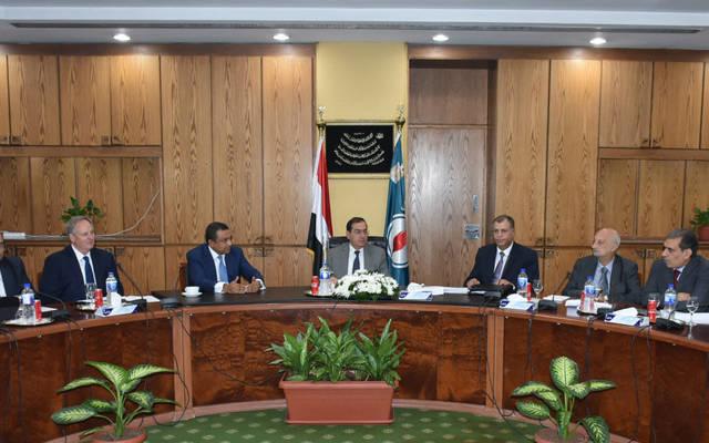 وزير البترول خلال رئاسته اللجنة العليا لمشروع تنمية شمال الإسكندرية