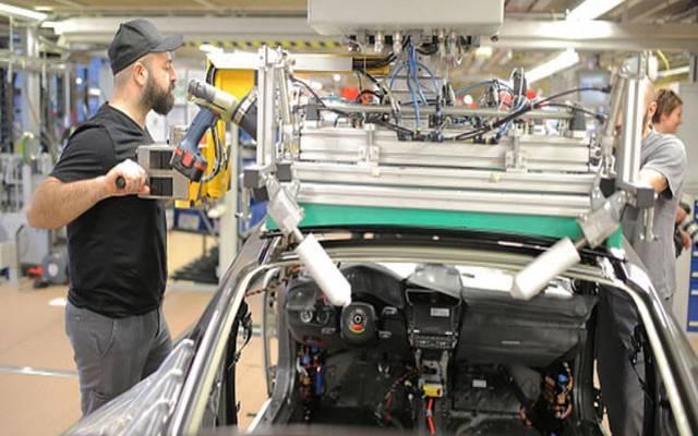 تراجع حاد لطلبيات المصانع الألمانية بعكس التوقعات