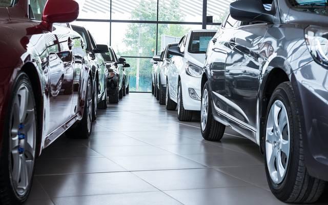 ما هي الأسباب التي دفعت أسعار السيارات في مصر للارتفاع نحو 5%؟