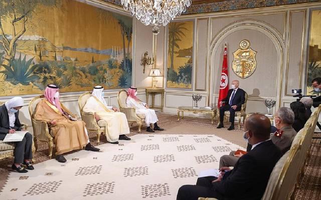 جانب من لقاء قيس سعيد مع وزير الخارجية التونسي