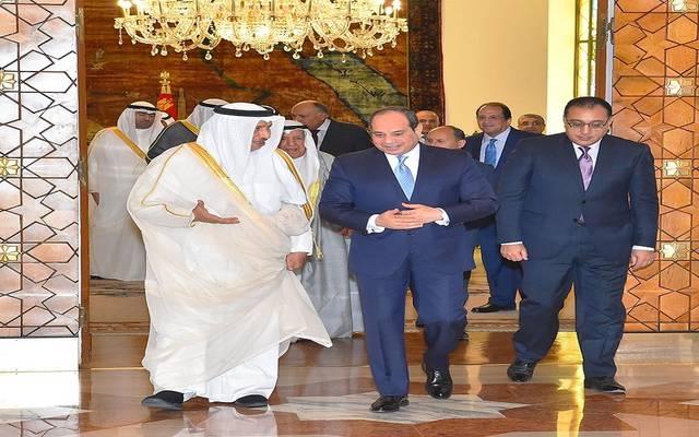 الرئيس السيسي خلال استقبال رئيس وزراء الكويت اليوم