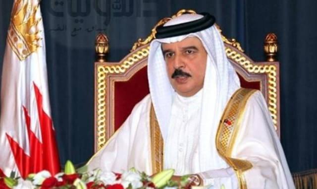 """ملك البحرين لقطر: """"تغيير السياسة أو استمرار الوضع"""""""