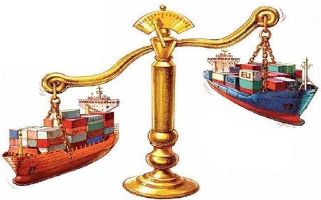 عجز الميزان التجاري الأمريكي للسلع يتراجع 9% خلال فبراير