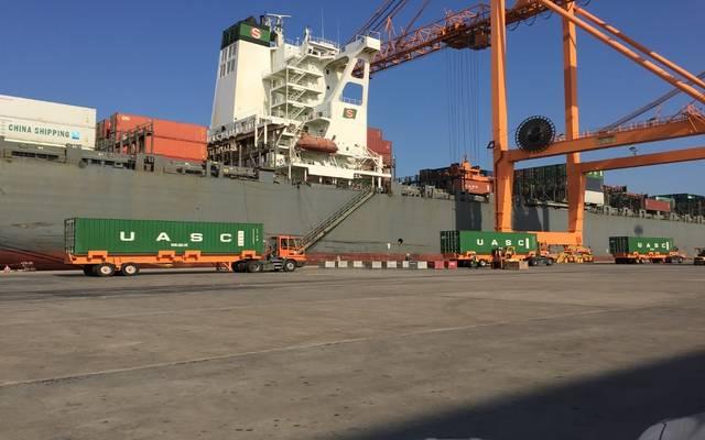 ميناء الجبيل التجاري بالمملكة العربية السعودية
