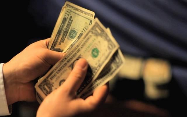 محدث.. الدولار يعزز مكاسبه مع القلق بشأن المحادثات التجارية