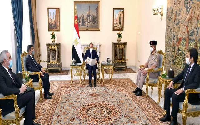 الرئيس المصري عبد الفتاح السيسي يستقبل الفريق جمعة عناد سعدون وزير دفاع جمهورية العراق