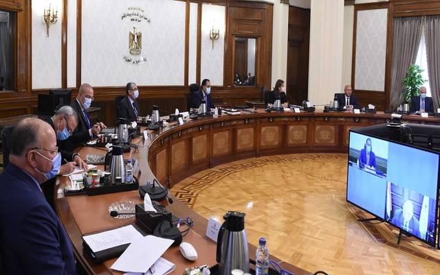 رئيس الوزراء يٌتابع الموقف التنفيذى لمشروع تطوير الطريق الدائرى حول القاهرة الكبرى