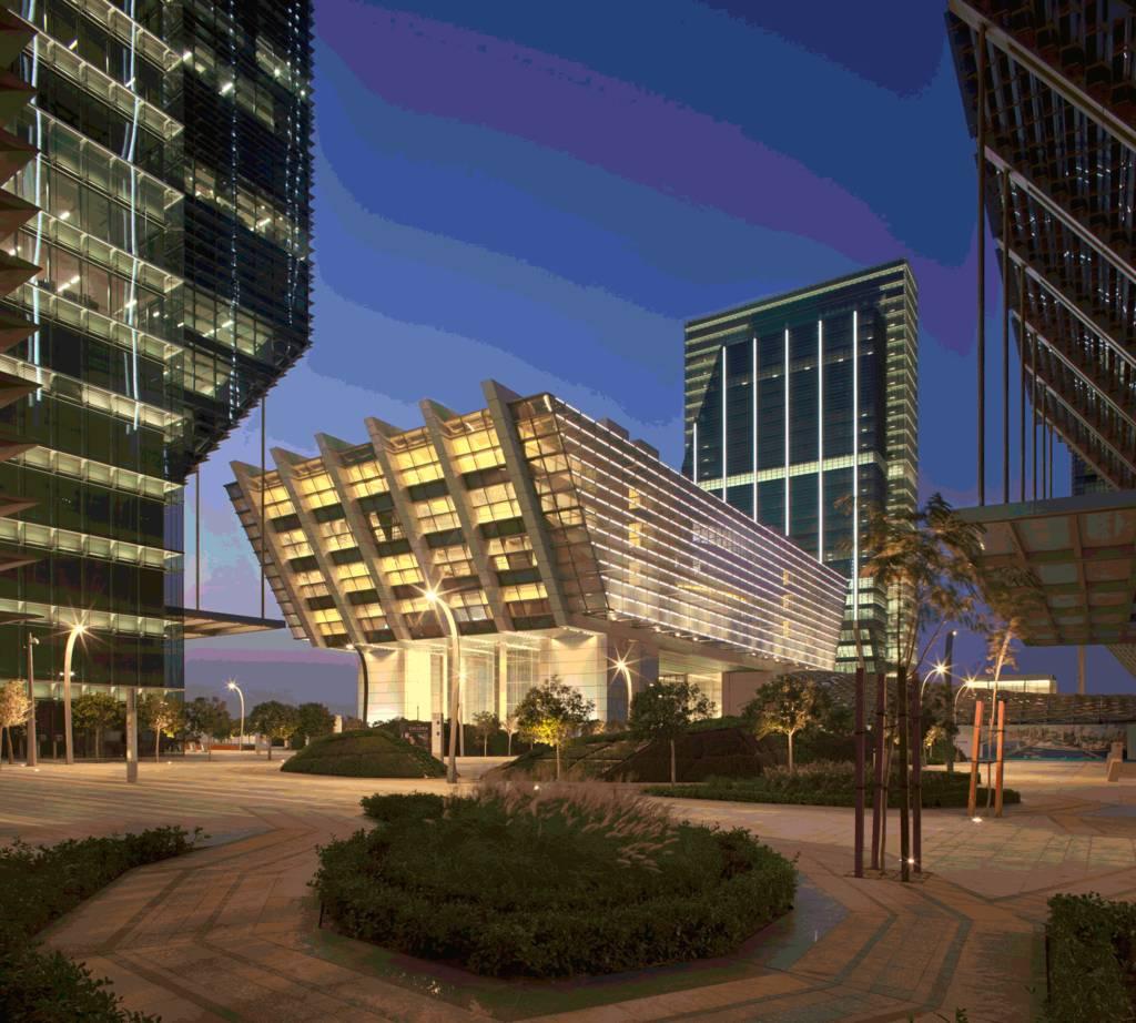سوق أبوظبي العالمي يعين رئيساً تنفيذياً لسلطة الخدمات المالية