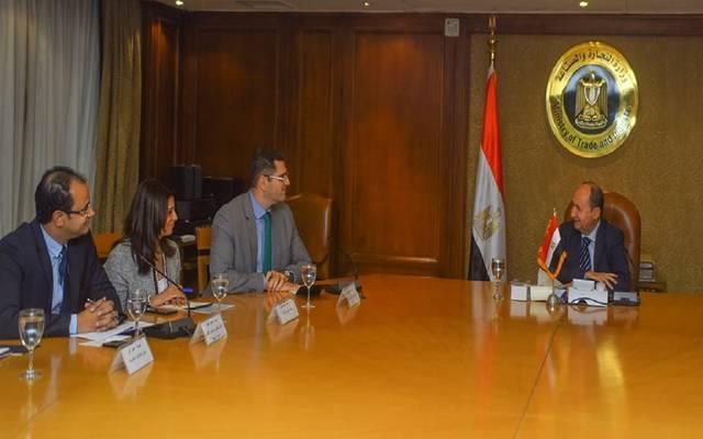 وزير التجارة والصناعة يبحث مع ممثلى شركة نستله مصر المشروعات المستقبلية للشركة في السوق المصرى