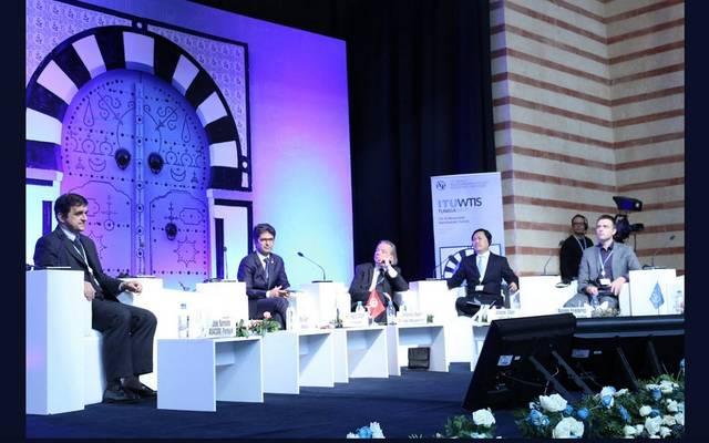 جانب من أعمال المؤتمر بتونس