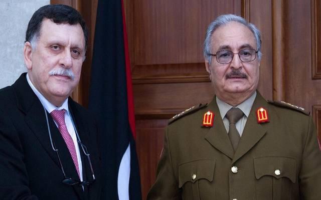 فائز السراج رئيس حكومة الوفاق الوطني وخليفة حفتر قائد الجيش الوطني الليبي ـ أرشيفية