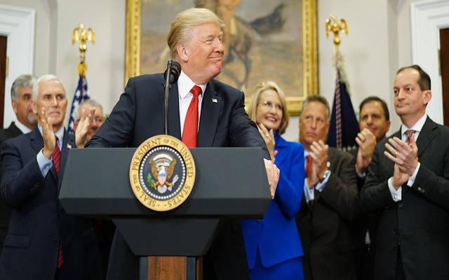 مئات الشركات الأمريكية تطالب ترامب بإسقاط التعريفات الجمركية