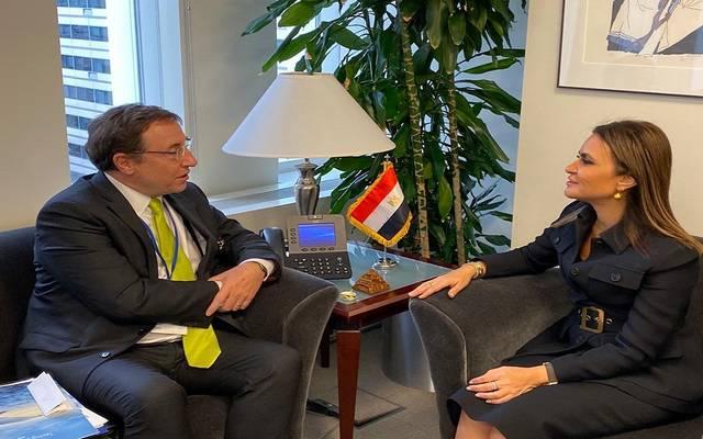 لقاء وزيرة الاستثمار المصرية سحر نصر، مع آدم بوهلر، رئيس مؤسسة  DFC