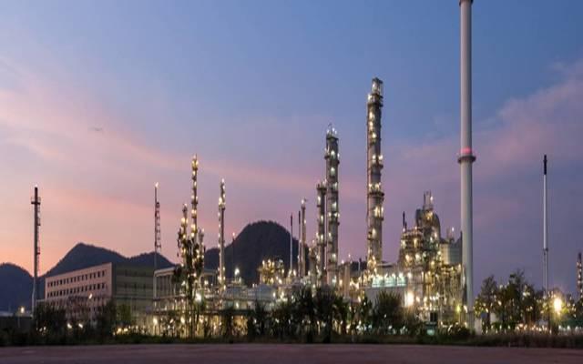 مصنع بتروكيماويات بالسعودية