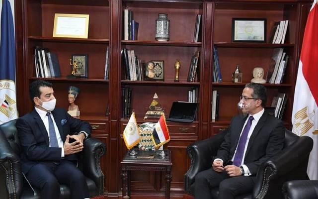 وزير السياحة والآثار يلتقي مدير عام للإيسيسكو
