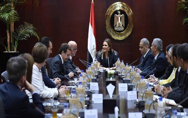 وزيرة: شركات أدوية عالمية تتطلع لزيادة استثماراتها في مصر