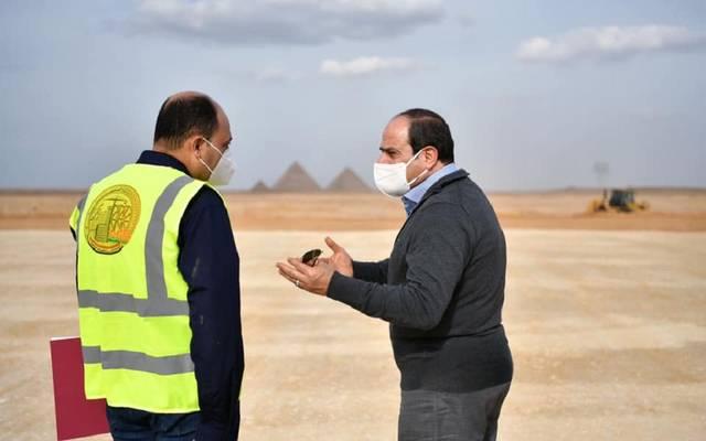 الرئيس السيسي شدد على تطبيق إجراءات الوقاية من فيروس كورونا مع بداية الشتاء حفاظا علي صحة كافة العاملين بالمواقع الانشائية