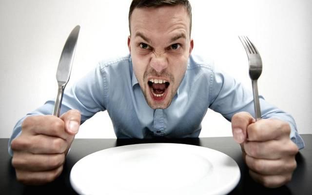 مسؤول: شبح الجوع يخيم على نصف الدول العربية