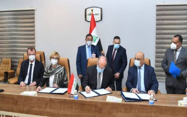 The Ministry of Finance signs an agreement for the reconstruction of liberated areas in Iraq with the German Development Bank 640