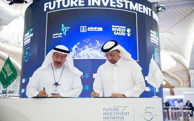 وزير الاستثمار السعودي ورئيس جامعة الإمام عبدالرحمن بن فيصل يدشنان شركة وادي الدمام