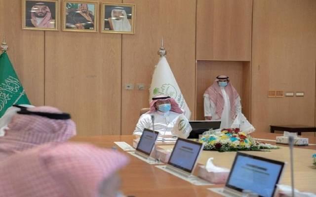 """""""الحقيل"""" يوجه بتذليل التحديات أمام مستثمري القطاع العقاري السعودي"""