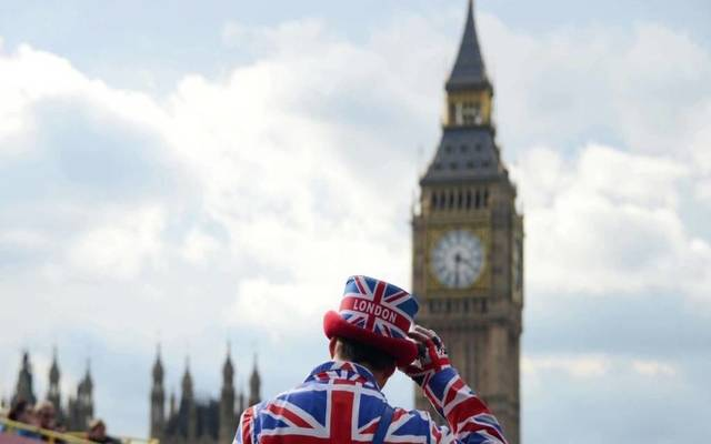 UK's economy edges up 0.4% MoM in Q3