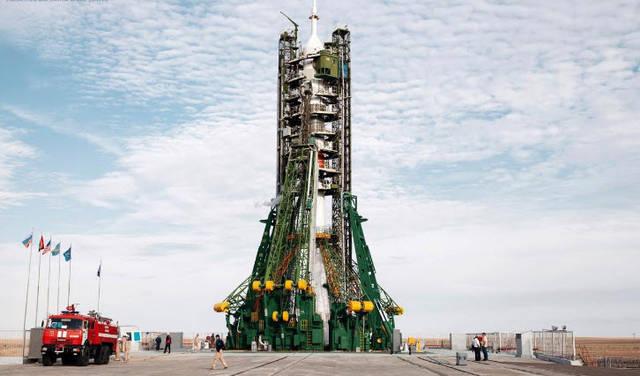 اللحظات الأولى لانطلاق الحلم الإماراتي إلى الفضاء (صور)